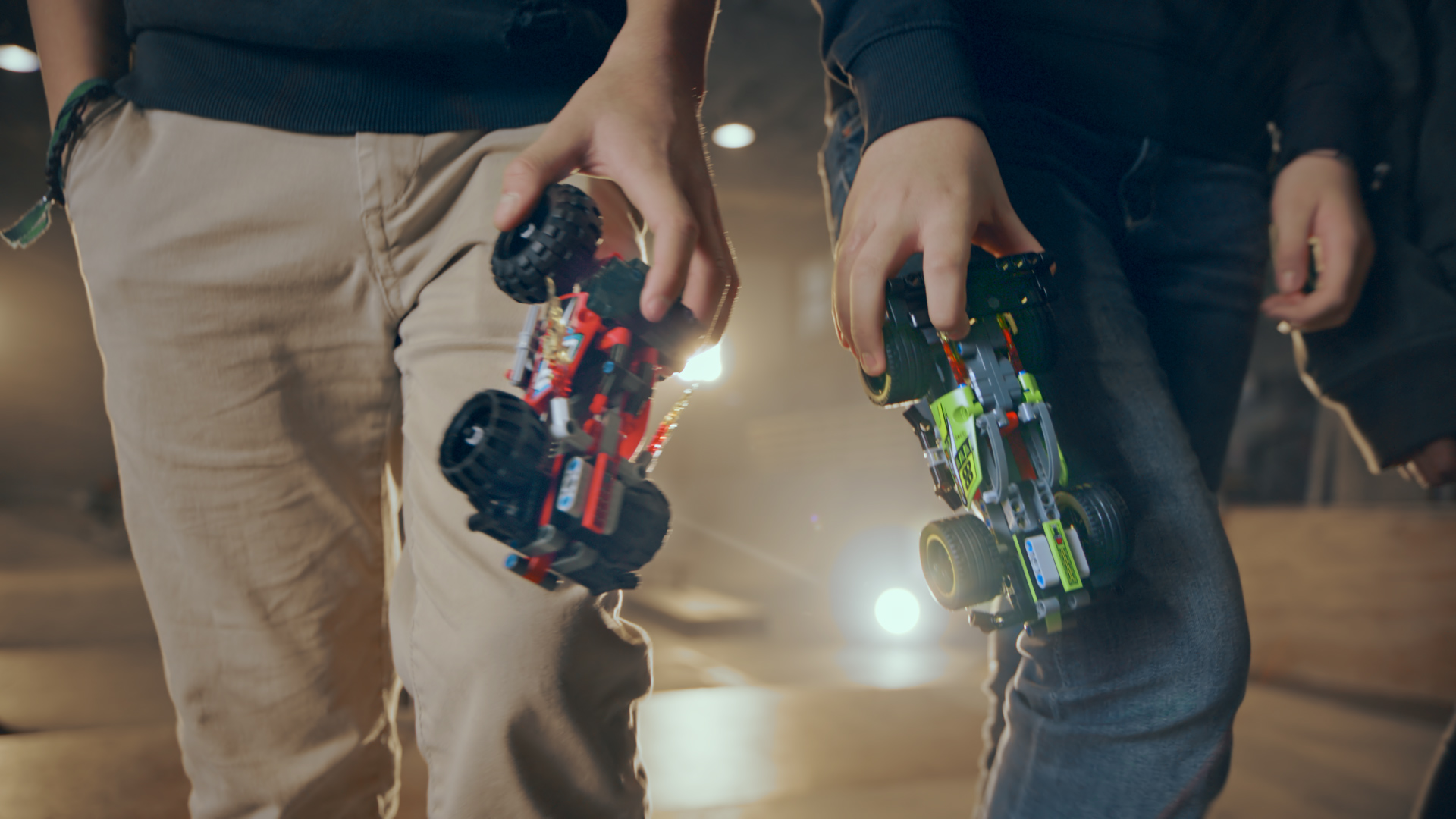 LEGO_Technic_PullBack_1HY18_IN_20s_50618.mov.00_00_02_09.Still001